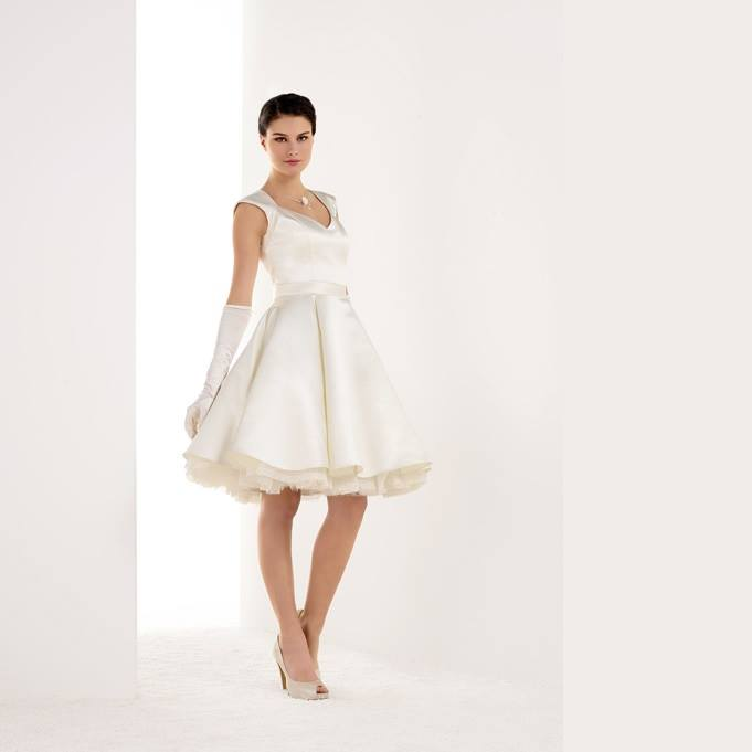 Atelier Tsourani » Νυφικά φορέματα πολιτικού γάμου 01c11b96f9e
